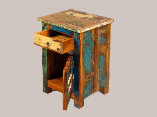 lemn reciclat prelucrat manual India